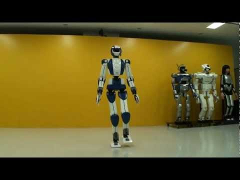 World s Top3 Humanoid Robots - Asimo vs HPR-4 vs NAO!