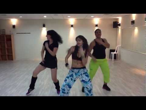 Limbo zumba Daddy Yankee Tali zumba
