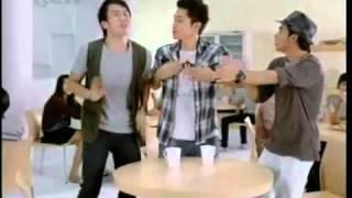 Iklan Kopi ABC Mocca Makin Mantap - Sherina, Drake, Evan & Jay Nongkrong Di Warung Kopi