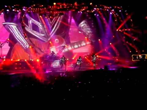 Kiss - Opening Of Concert - Saint John NB - July 31st 2013