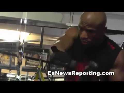 floyd mayweather master of the jump rope EsNews Boxing Image 1