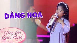 Em Bé 5 Tuổi hát Bài Dâng Hoa – Bé Hồng Ân