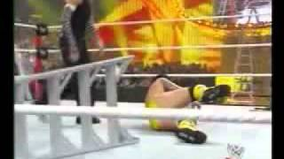 WWE summerslam 2009 jeff hardy vs cm punk español p2