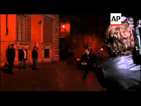 Monti leaves Senate chamber, economist expected to succeed Berlusconi