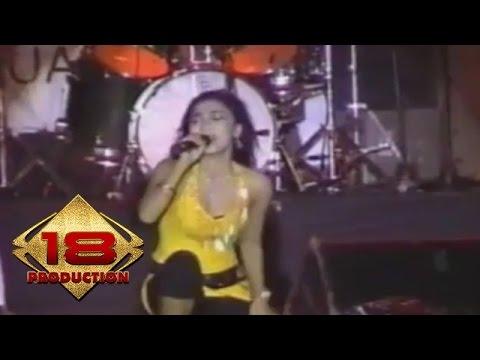 Dangdut - Bumi Semakin Panas (Live Konser Sumenep Jawa Timur 3 Februari 2006)