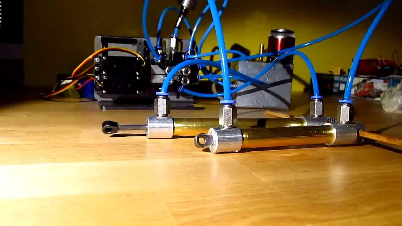 Homemade Hydraulic Pump >> RC hydraulic test - YouTube