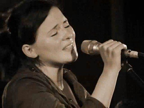 Emiliana Torrini - Hold Heart