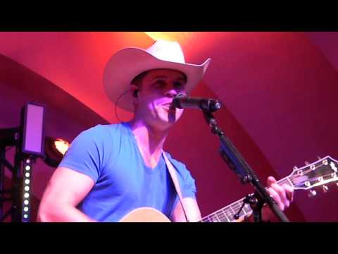 Dustin Lynch - Halo