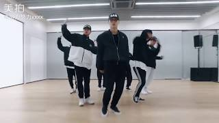 Zhang Yixing LAY ?NAMANANA? Dance Practice