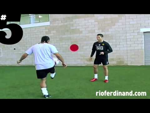 Cristiano Ronaldo Freestyle Football Skills.mp4