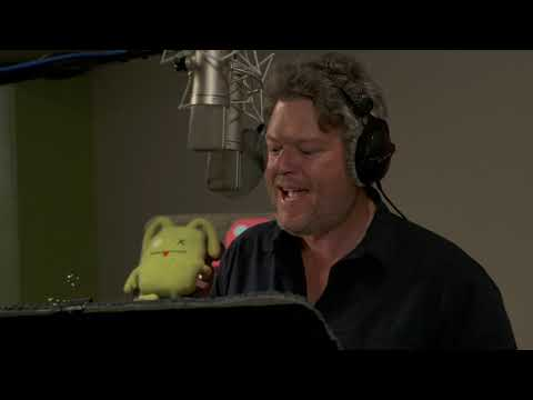 UglyDolls - Blake Shelton Broll (official Video)