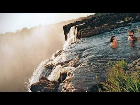 La piscina del diablo la m s peligrosa del mundo youtube for Piscina del diablo en zambia