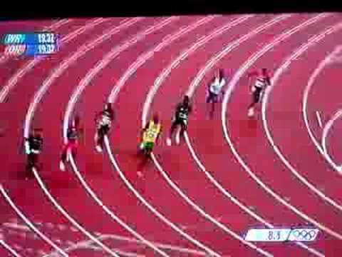 Usain Bolt 200m OLD WR 19.30 Video