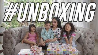 Unboxing Kado Dari Hongkong Disponsorin Oleh Rafathar #Unboxing
