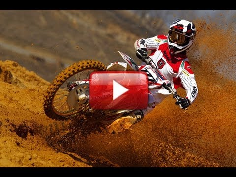 Honda World Motocross 2012 Team Launch - Bobryshev & Gonçalves ripping it up on the CRF450R