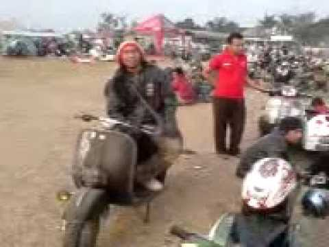 scooterist indonesia.3GP