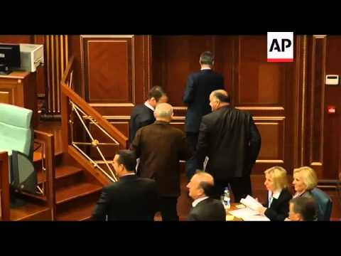 Kosovo parliament ousts govt in no-confidence vote