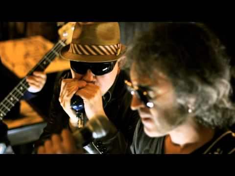 Los Cómodos - Tira p´ Alante (HD1080) ... By RockBox.