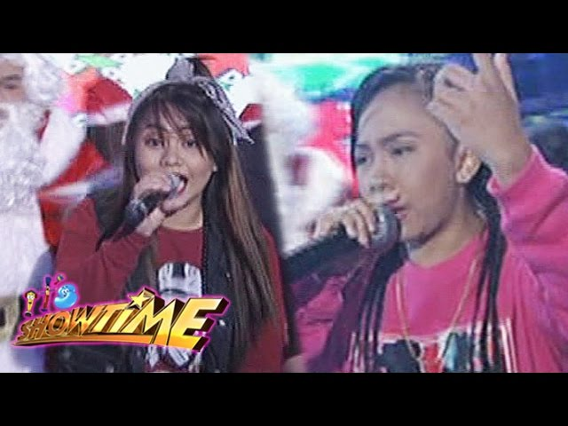 It's Showtime: Steph vs Jellie | Christmas Rapper