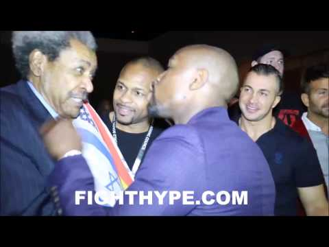 "(EPIC) FLOYD MAYWEATHER SHOWS DON KING AND ROY JONES JR. $100 MILLION CHECK; KING JOKES ""HELP ME"""