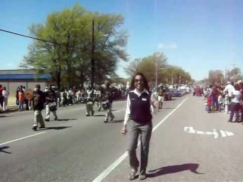Memphis Business Academy Majorettes and Drumline.... HICKORY HILL PARADE