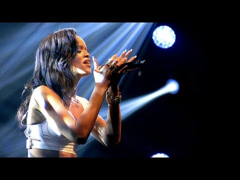 Rihanna Performs in Toronto, Musical Director Talks Concerts - 777 Tour Day 2