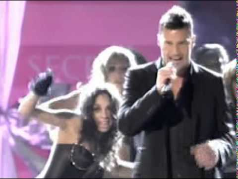 Ricky Martin - Drop It On Me - Live @ Victoria's Secret Fash Music Videos