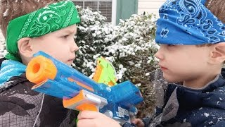 Nerf War:  Elite vs Zombie Strike