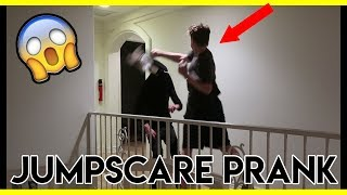 JUMPSCARE PRANK ON ROOMMATES (PUNCHED)