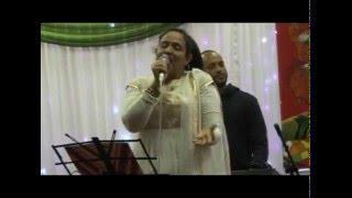 Ailo darun fagun Ononna singing in Amra Coventrybashi Boishakhi Mela 1423