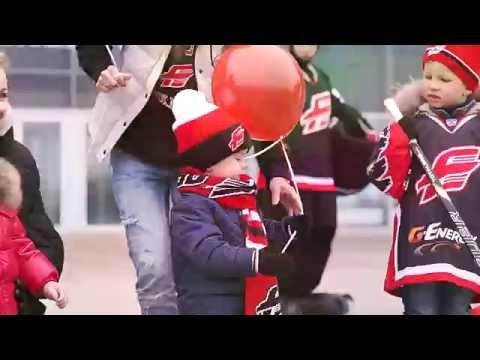 """""""Папа, я с тобой!"""" Посвящение хоккеистам """"Авангарда"""""""