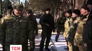 Порошенко зустрівся з бійцями, які вийшли з Дебальцевого - (видео)