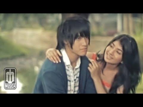 Vierra - Terlalu Lama (Official Video)