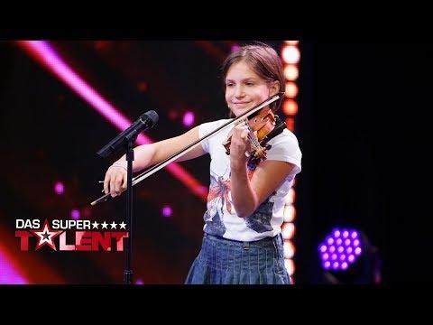 Download Für Allegra bricht der Poptitan die Regeln | Das Supertalent 2017 | Sendung vom 02.12.2017 Mp4 baru