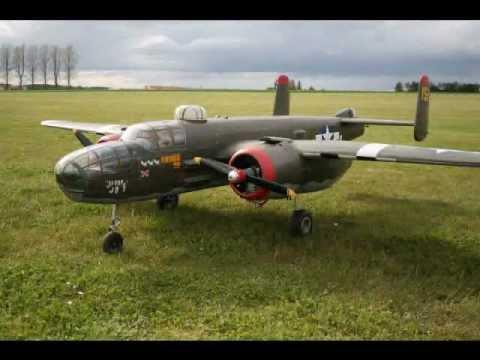 LARGE SCALE RC P-47 THUNDERBOLT + B-25 MITCHELL TJD ...