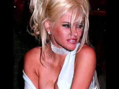 Anna Nicole Smith's Stardom in pictures & video. Feb 4, 2009 9:10 PM