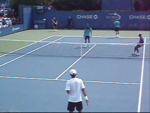 Sela-Lu vs Bhupathi-Knowles