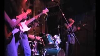 Watch Deep Purple Lick It Up video