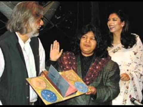 Abida Parveen # 2 Moula Hussain video