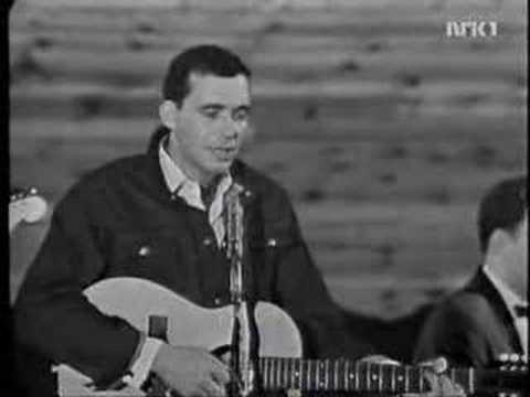 Bobby Bare - Im A Long Way From Home