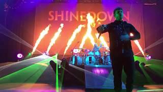 Download Lagu Shinedown - Cut The Cord Birmingham Alabama 05 / 16 / 2018 Gratis STAFABAND