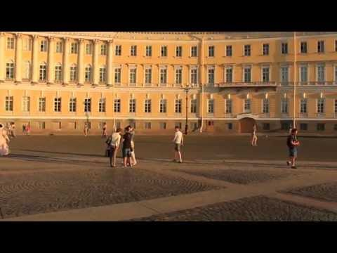 St. Petersburg-Palace Square, Russia Travel Guide