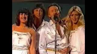 Watch Brotherhood Of Man Dancing Queen video