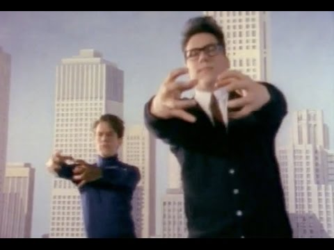 BIRDHOUSE IN YOUR SOUL - THEY MIGHT BE GIANTS ( Complete Original Video )