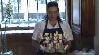 Como hacer un arreglo con malvaviscos en forma de tulipán