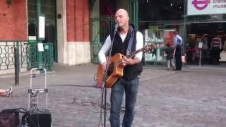 Beatles, Here comes the sun by Alonso Cunha - Busking in the streets of London, UK