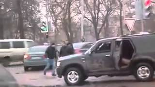 SUV gang attack on tough old school guy, roadrage in Moscow   YouTube