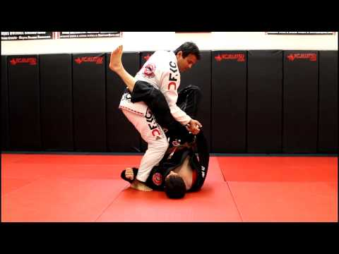 Jiu Jitsu Techniques - Guard Pass + Armbar Option Image 1