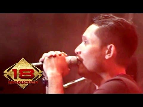 Andra And The Backbone - Pagi Jangan Cepat Datang (Live Konser Malang 27 April 2014)