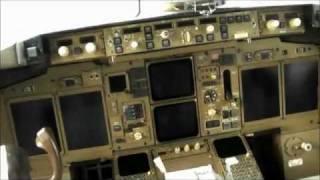 Fedex Boeing 757 cockpit